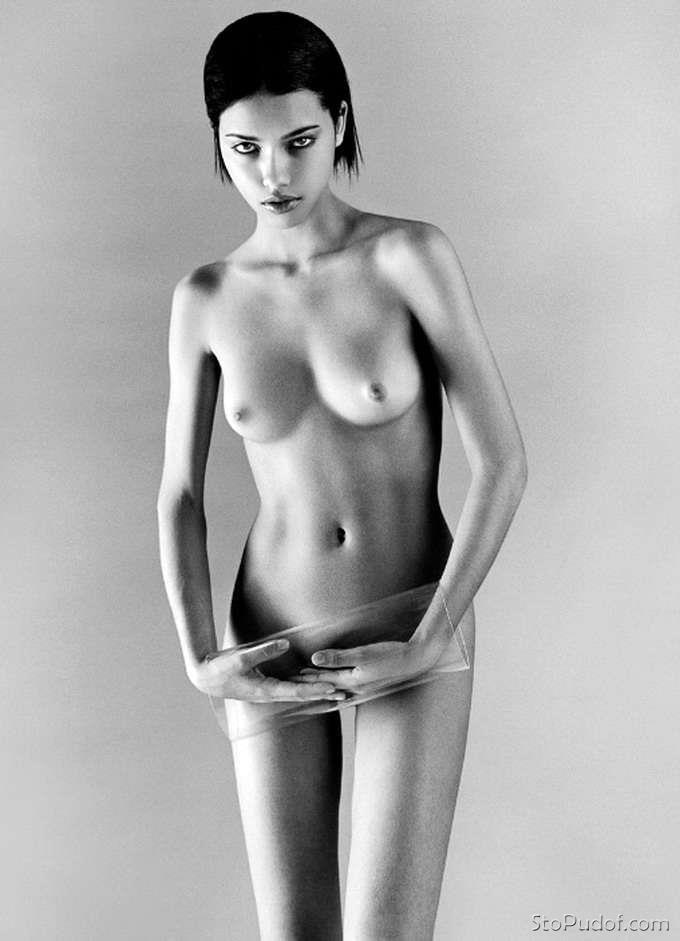 Natalie portman lindsay lohan demi moore stripping - 1 part 2