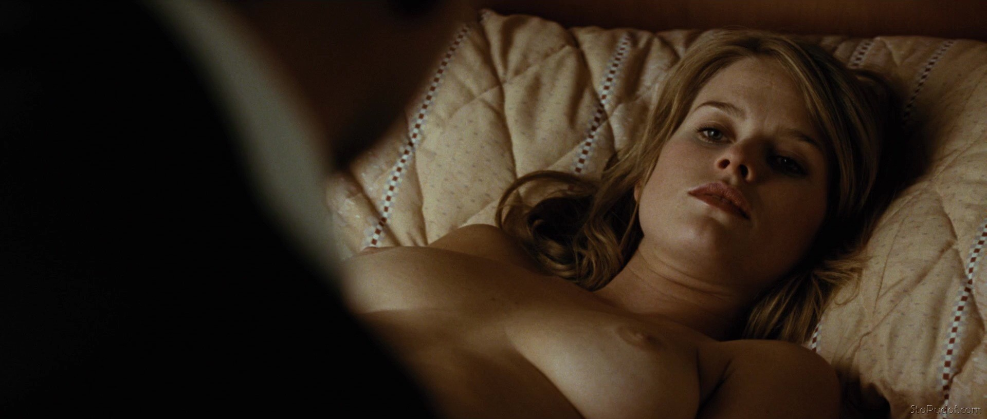 Alice Eve naked leaked uncensored - UkPhotoSafari