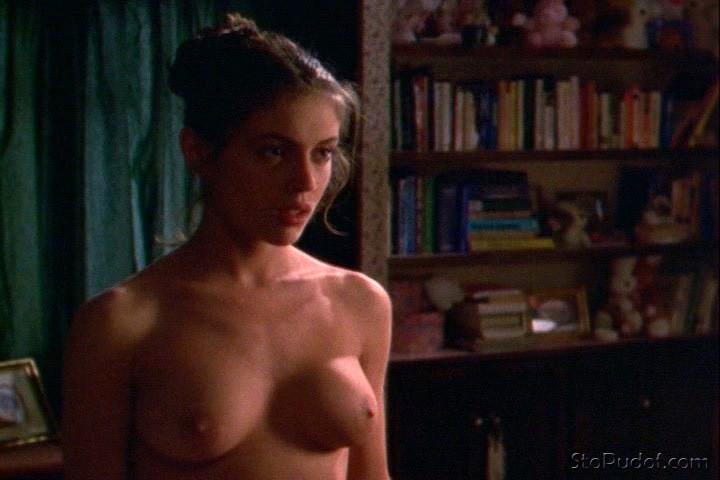 Alyssa Milano view naked photos - UkPhotoSafari