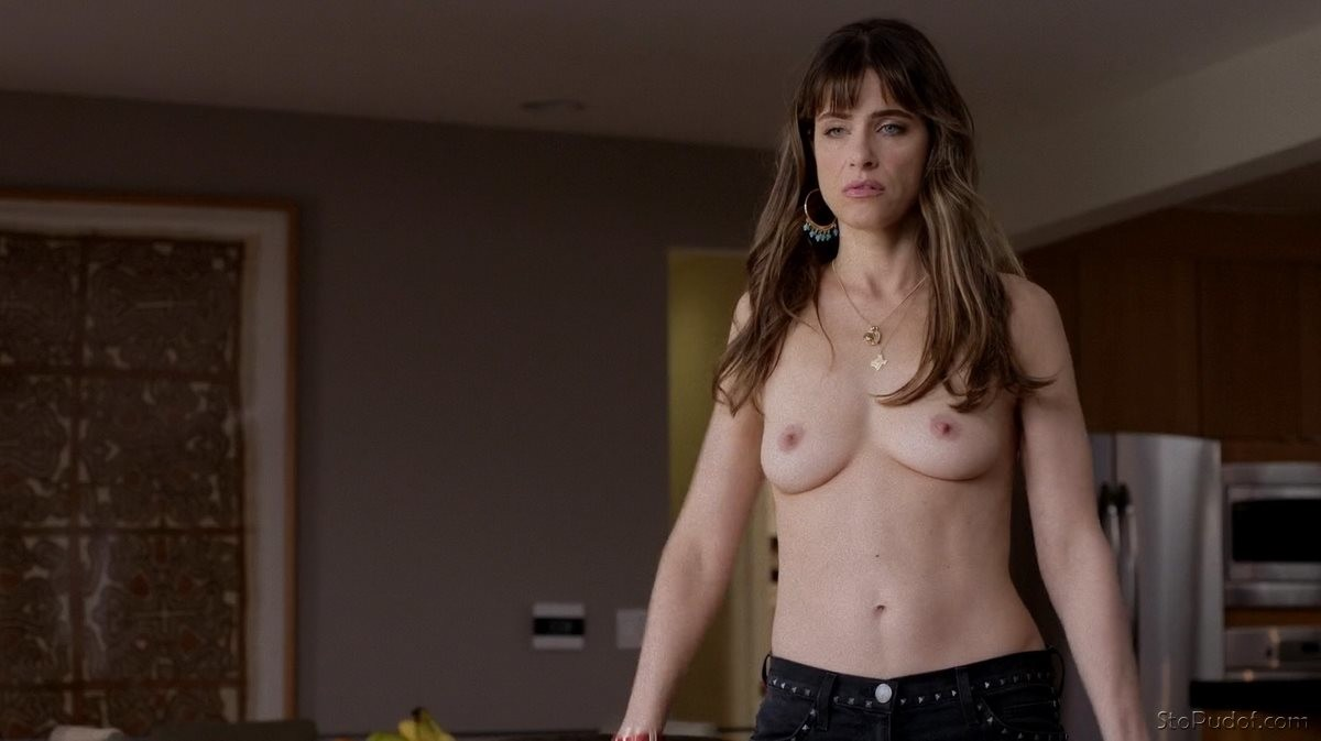 Hot Amanda Peet Nude Photos Png