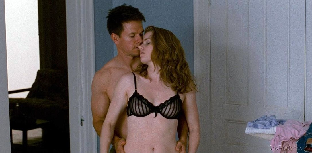 Vid cuts Amy Adams real nude