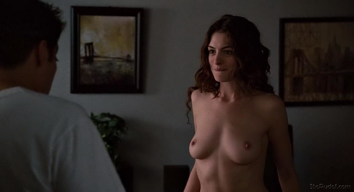 Anne Hathaway video naked - UkPhotoSafari