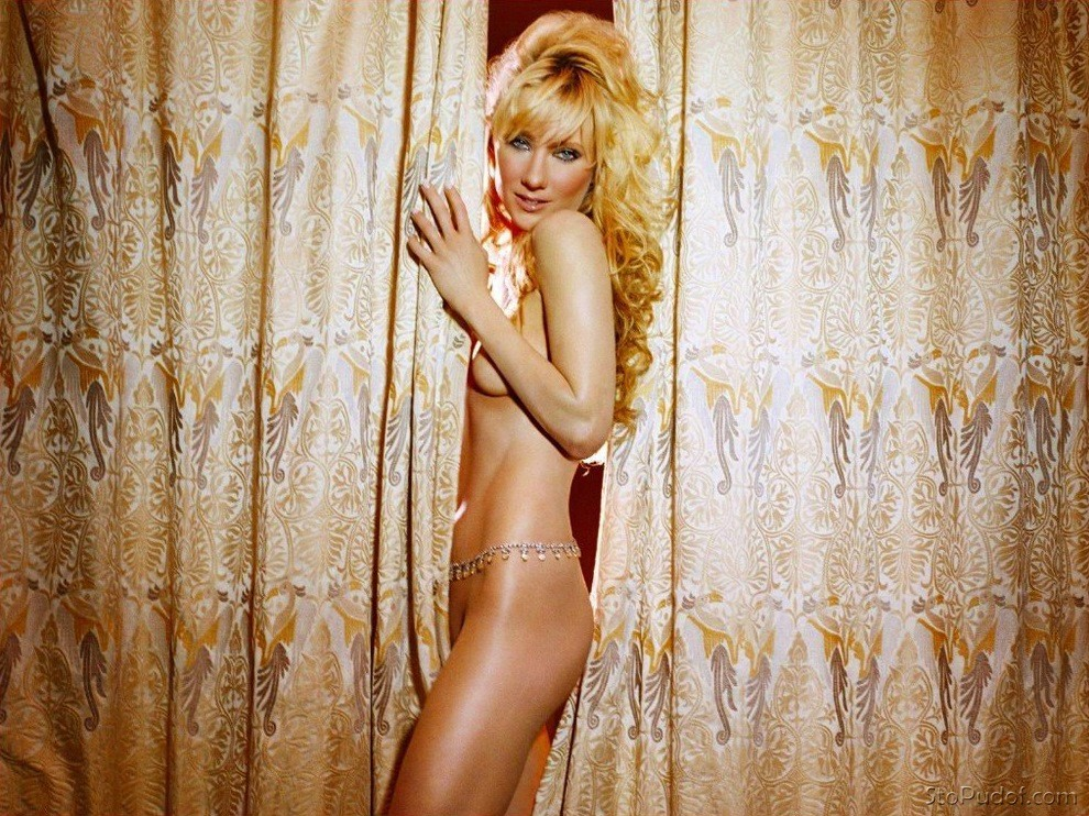 Anne Heche new nude images - UkPhotoSafari