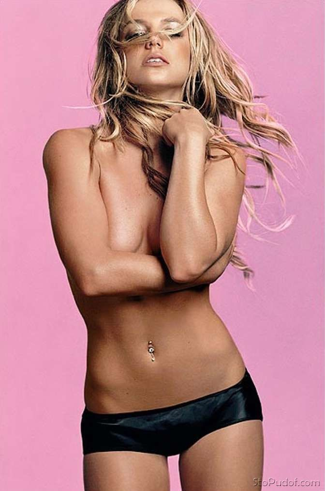Britney Spears free naked pictures - UkPhotoSafari