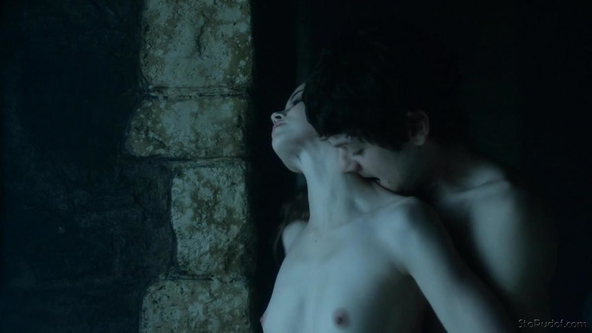 Charlotte Hope naked nipples - UkPhotoSafari