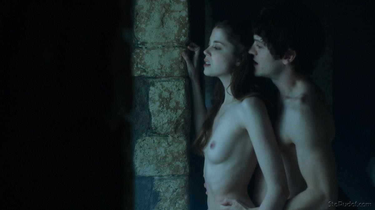 Charlotte Hope view naked pics - UkPhotoSafari