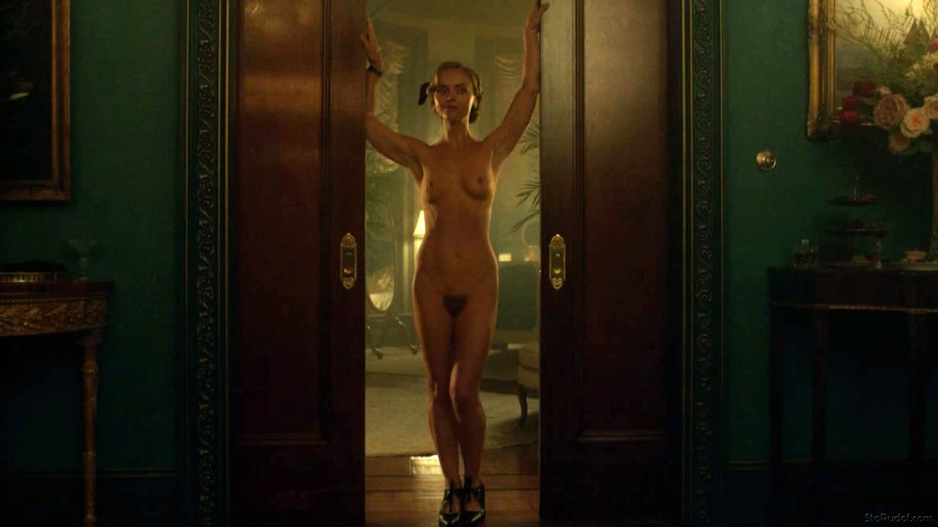 Christina Ricci naked photo online - UkPhotoSafari