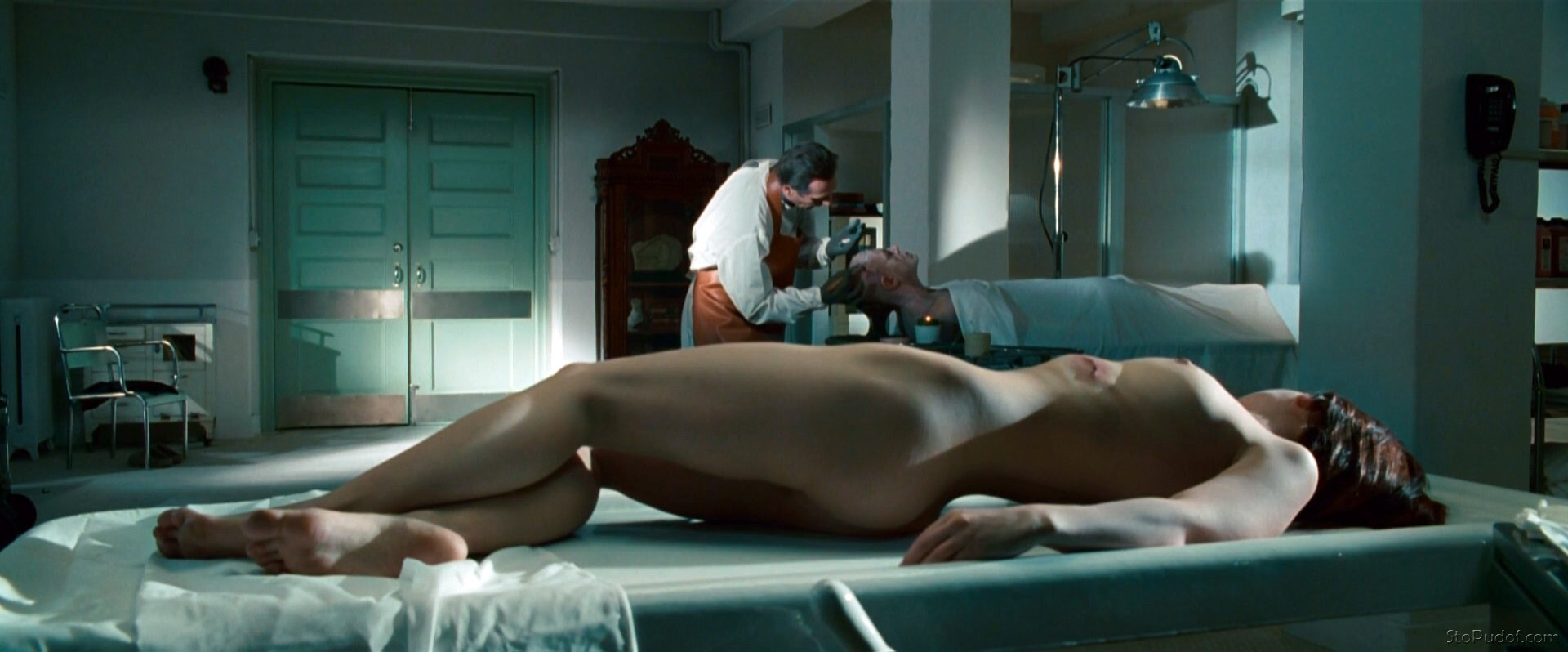 Christina Ricci video nude - UkPhotoSafari