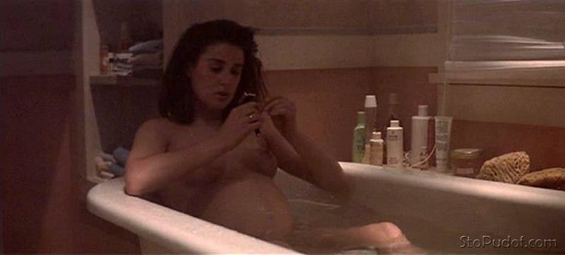 Demi Moore naked photos uncensored - UkPhotoSafari