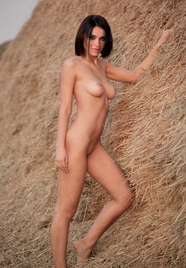 Elena Temnikova nude photo view - UkPhotoSafari