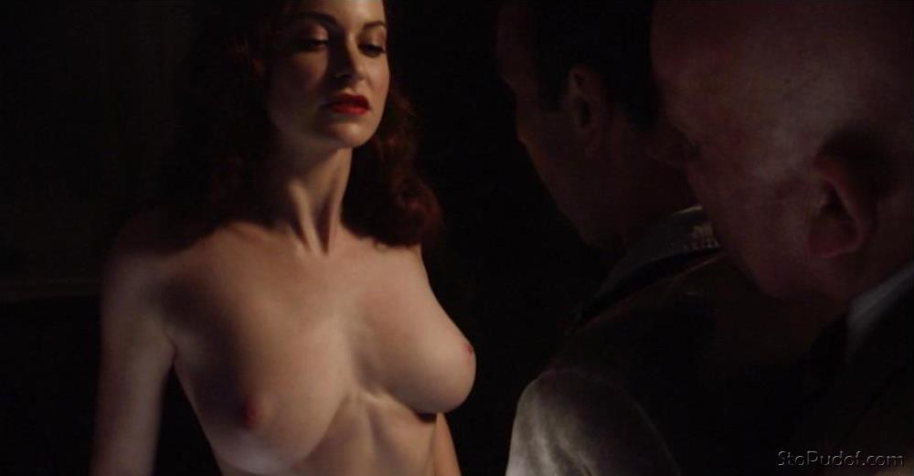 Esmé Bianco naked hacked photos - UkPhotoSafari
