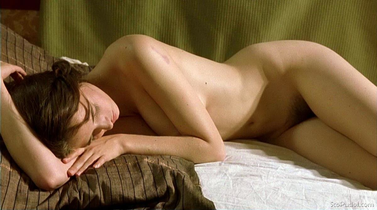 Eva Green uncensored nude leaked pics - UkPhotoSafari
