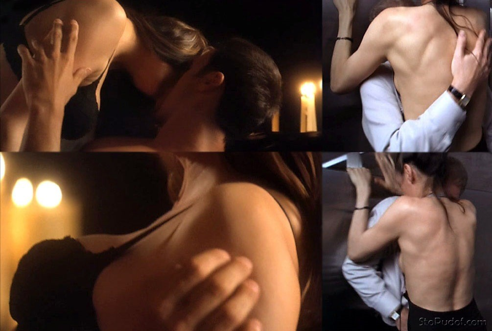 Famke Janssen nude photos - UkPhotoSafari