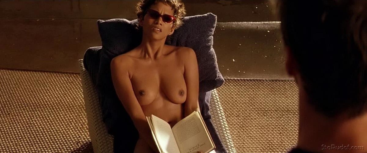 Halle Berry fake nude - UkPhotoSafari