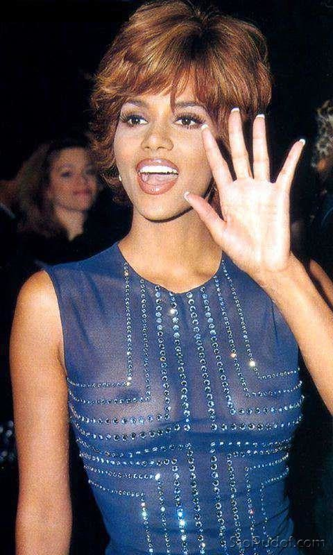 Halle Berry naked picture gallery - UkPhotoSafari