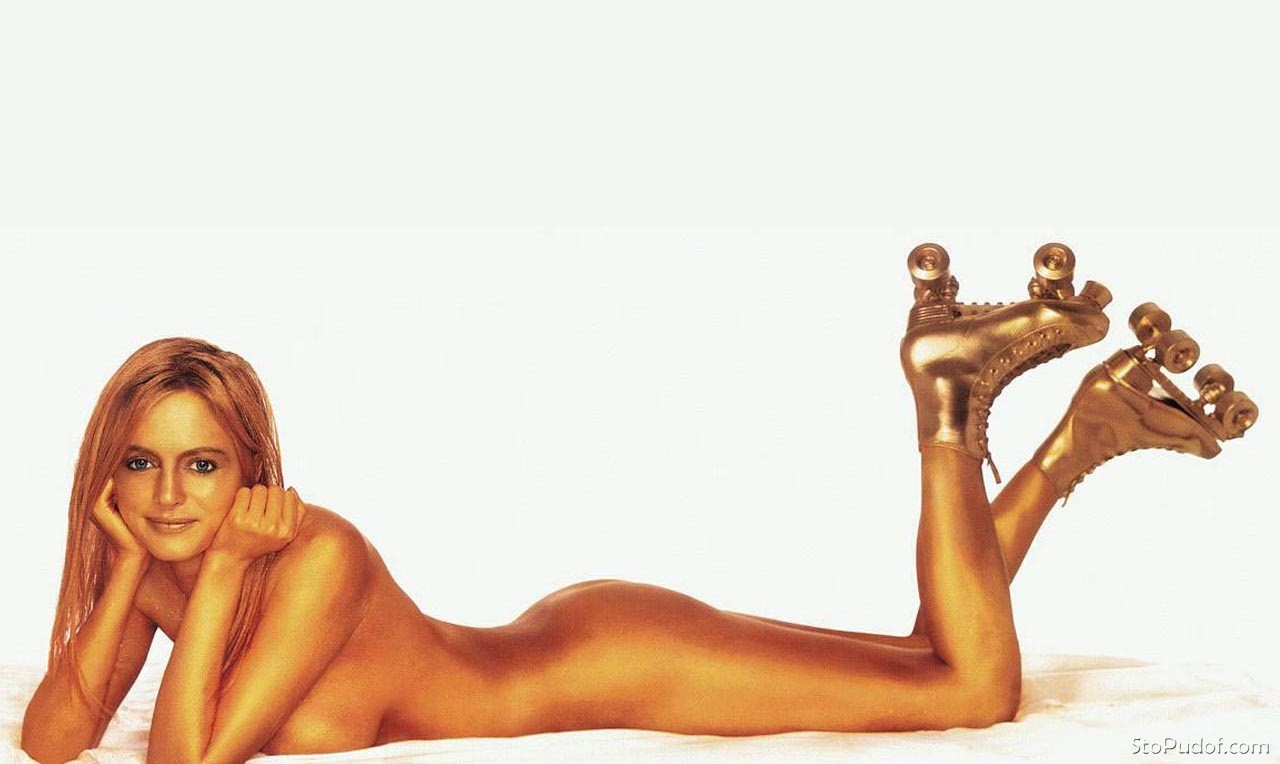 Heather Graham nude pic view - UkPhotoSafari