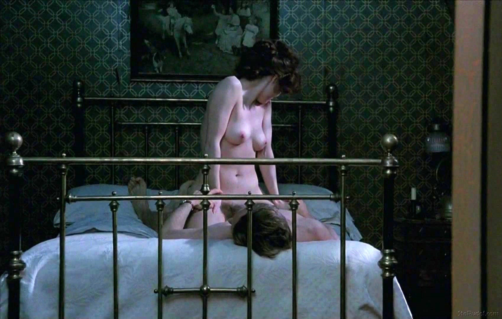 Helena Bonham Carter leaked nude photo uncensored - UkPhotoSafari