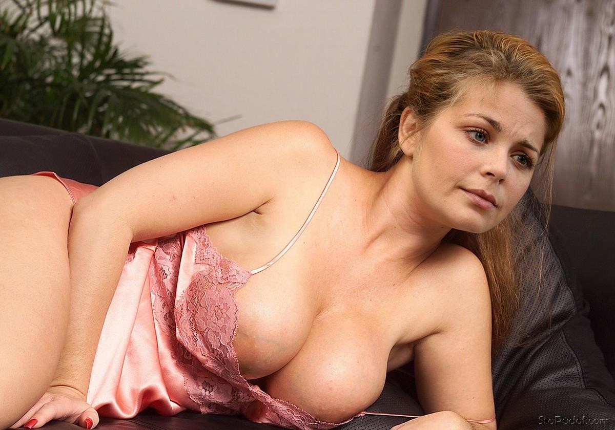 Irina Pegova naked breast - UkPhotoSafari