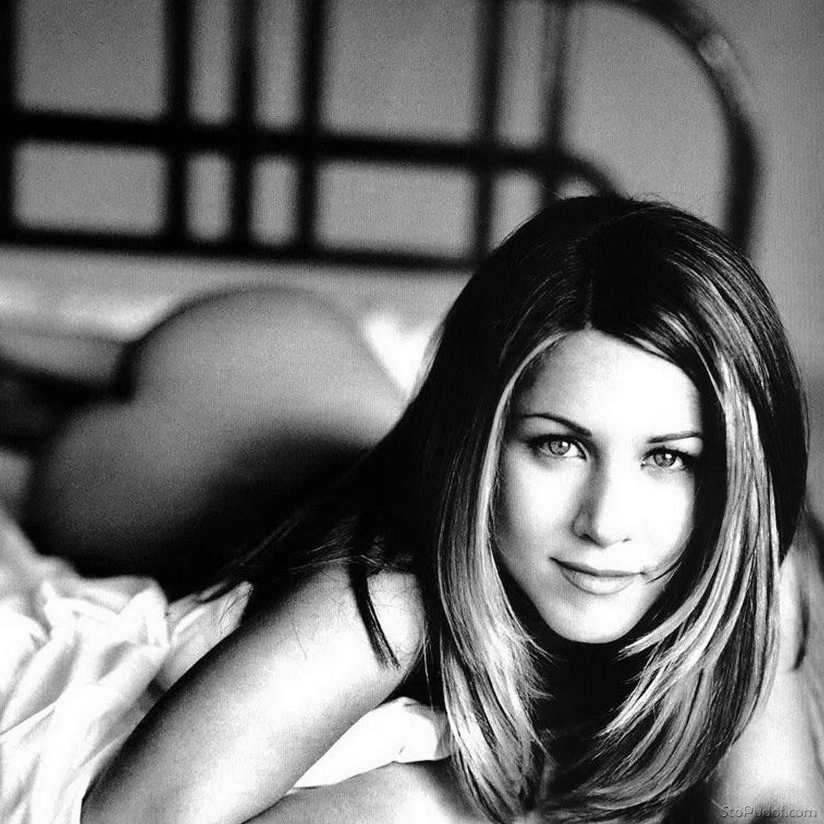 Jennifer Aniston naked pictures online - UkPhotoSafari