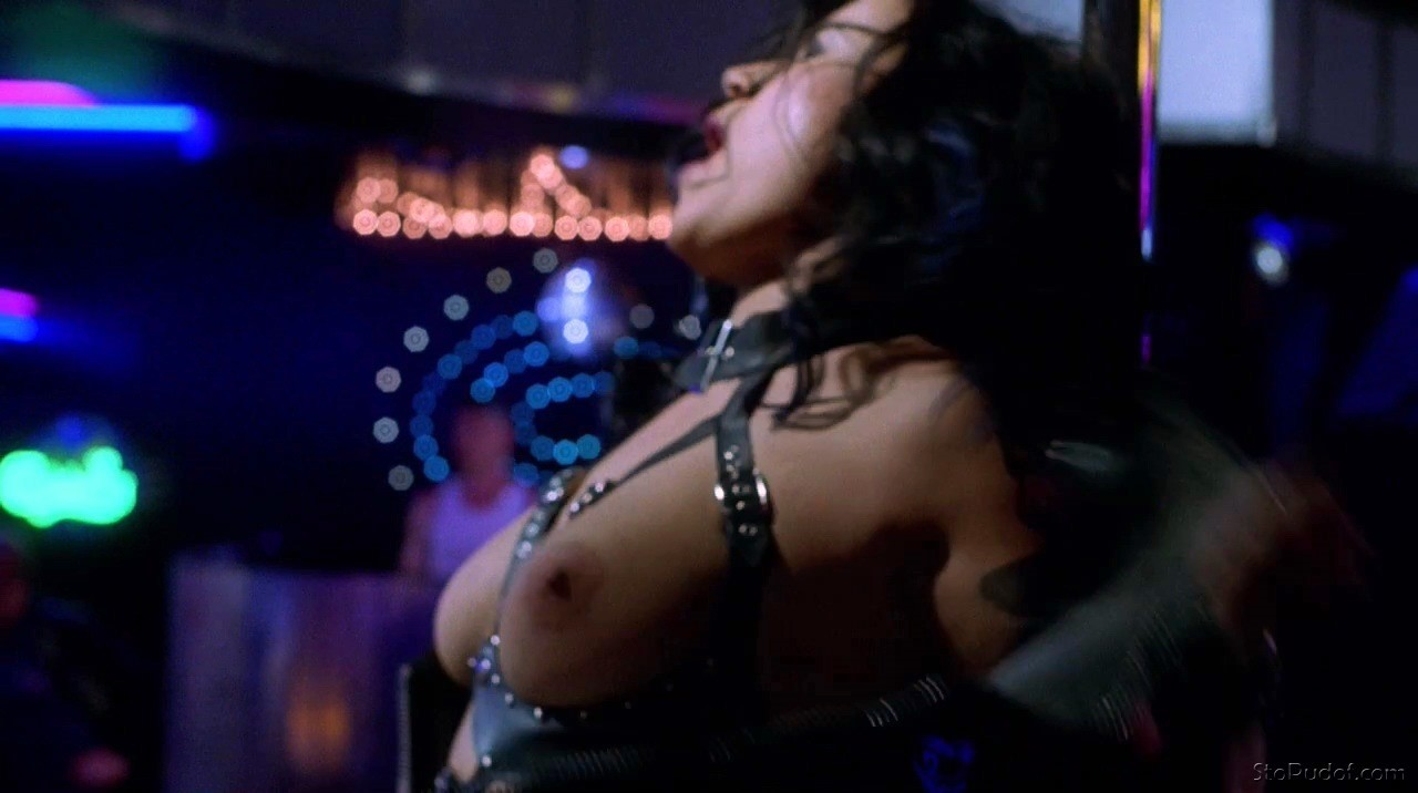 Jennifer Tilly Nudes 2