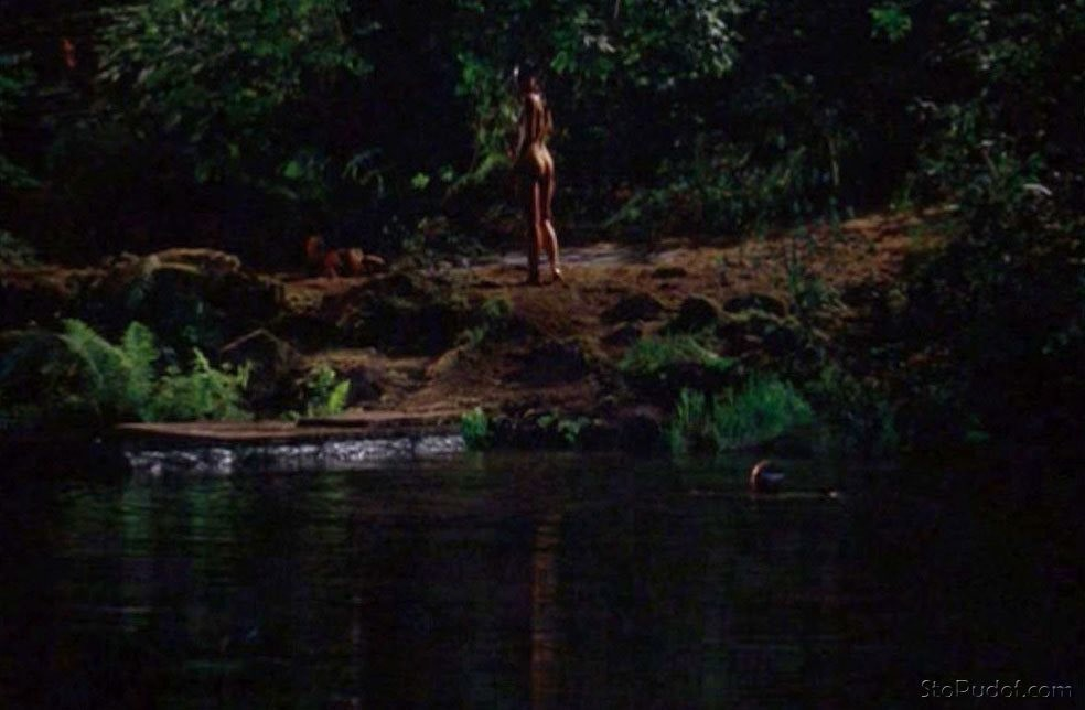 Jordana Brewster nude photos here - UkPhotoSafari