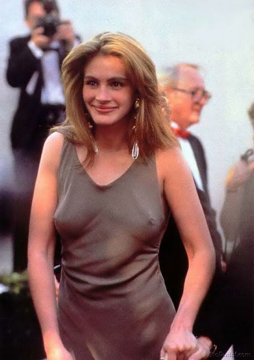Julia Roberts nude phone photos - UkPhotoSafari