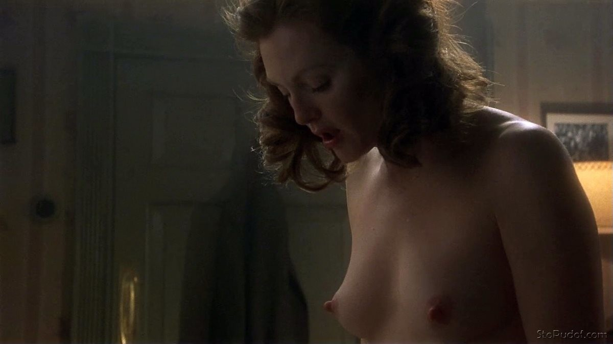 Julianne Moore leaked photos nudes - UkPhotoSafari