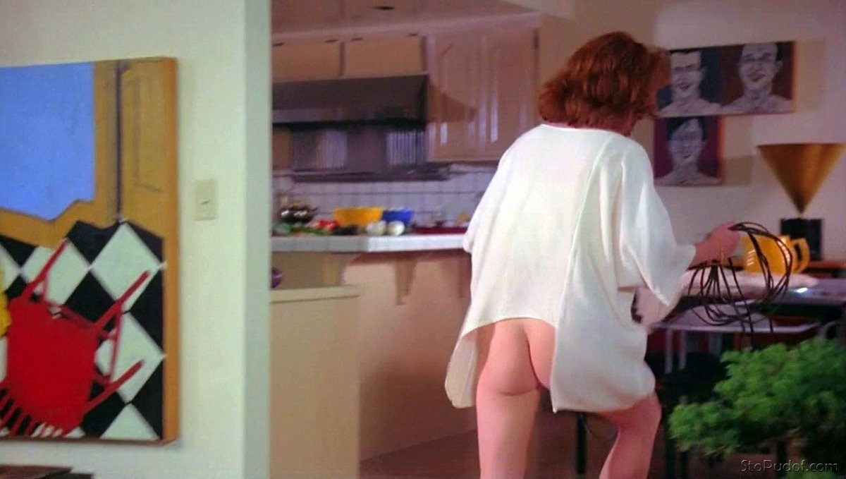 Julianne Moore nude pics collection - UkPhotoSafari