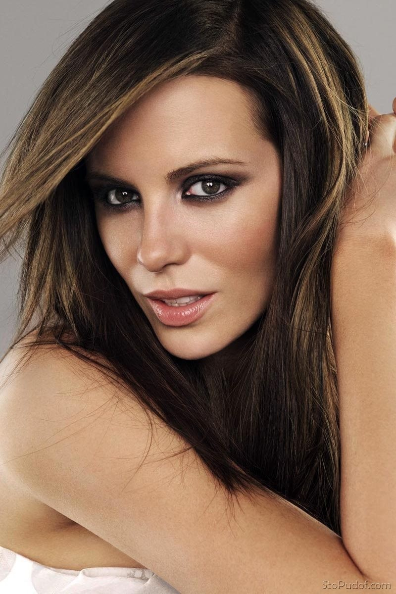 Kate Beckinsale nude - UkPhotoSafari