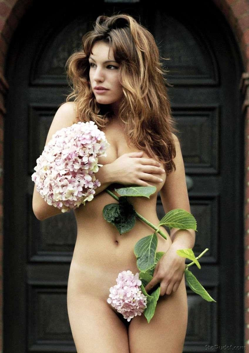 Kelly Brook nude leak picture - UkPhotoSafari