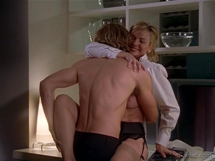 Сериал Секс в большом городе  1 сезон смотреть все серии