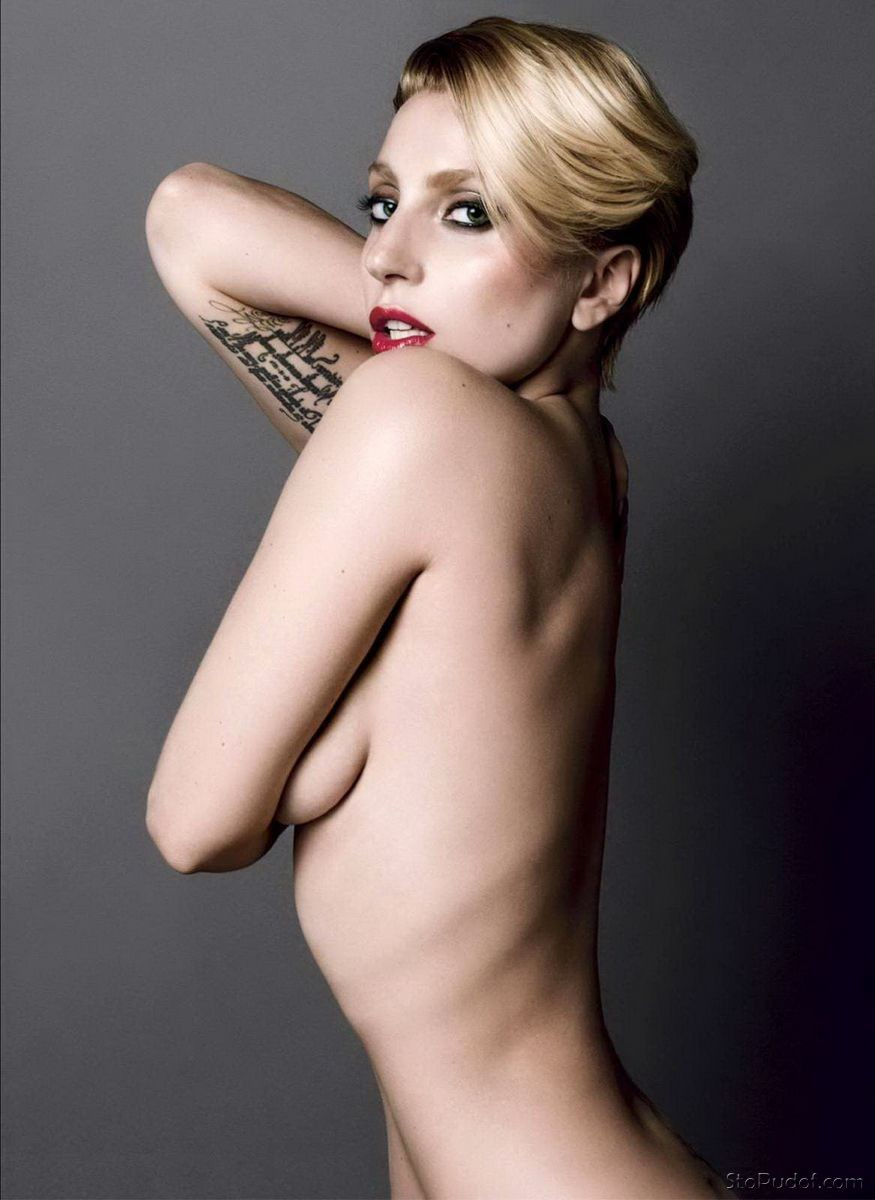 Lady Gaga nude phone photos - UkPhotoSafari