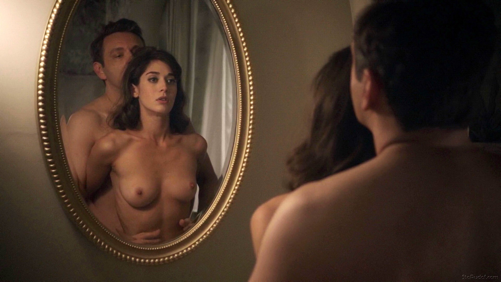 Lizzy Caplan leaked pictures naked - UkPhotoSafari