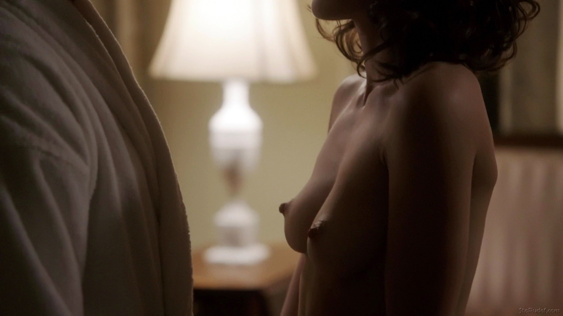 Lizzy caplan nude boobs and sex in masters of sex series