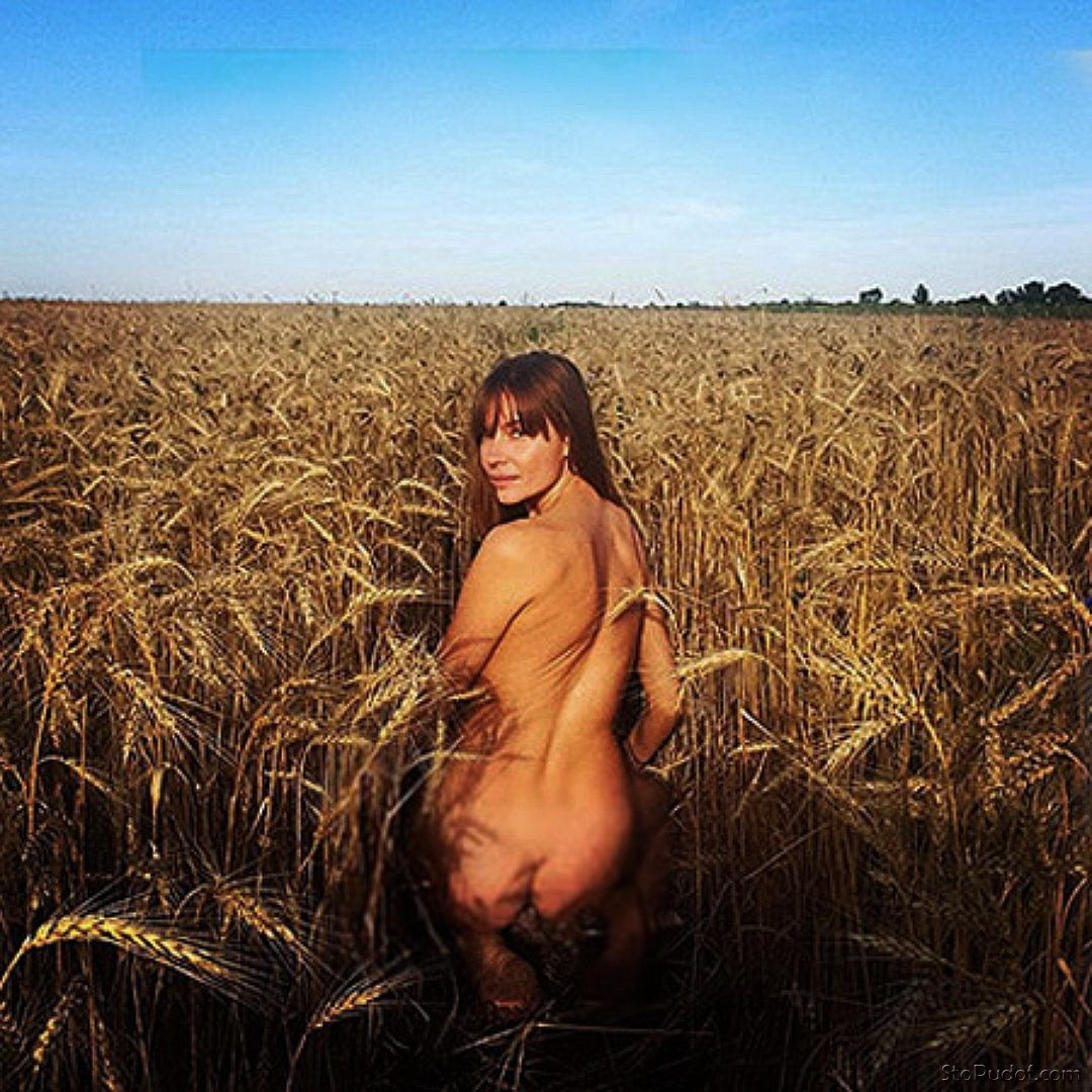 Lyubov Tolkalina nude photos available - UkPhotoSafari