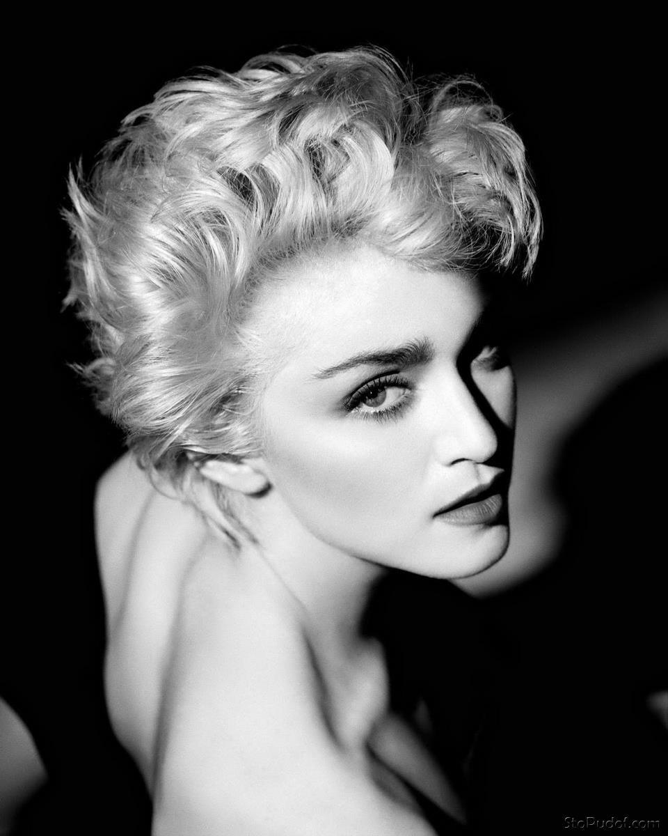 Interesting Madonna nude apologise