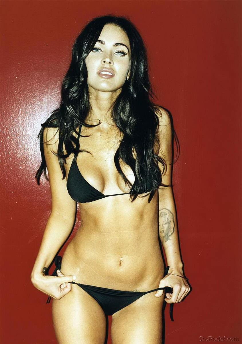 Megan Fox leaked uncensored nude photos - UkPhotoSafari