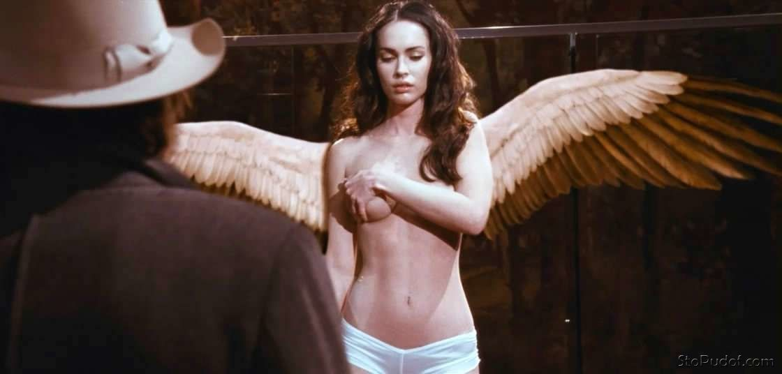 Megan Fox sexy nude photos - UkPhotoSafari