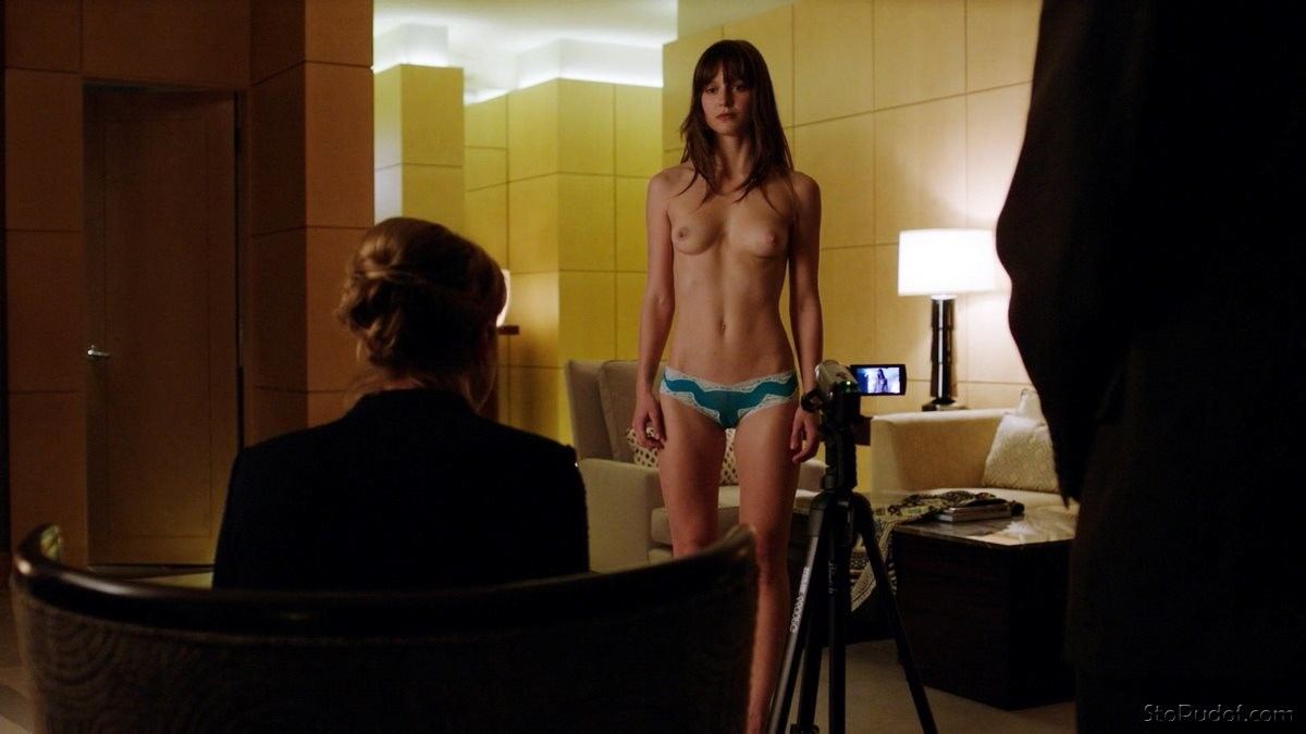 Melissa Benoist photos nude photo - UkPhotoSafari