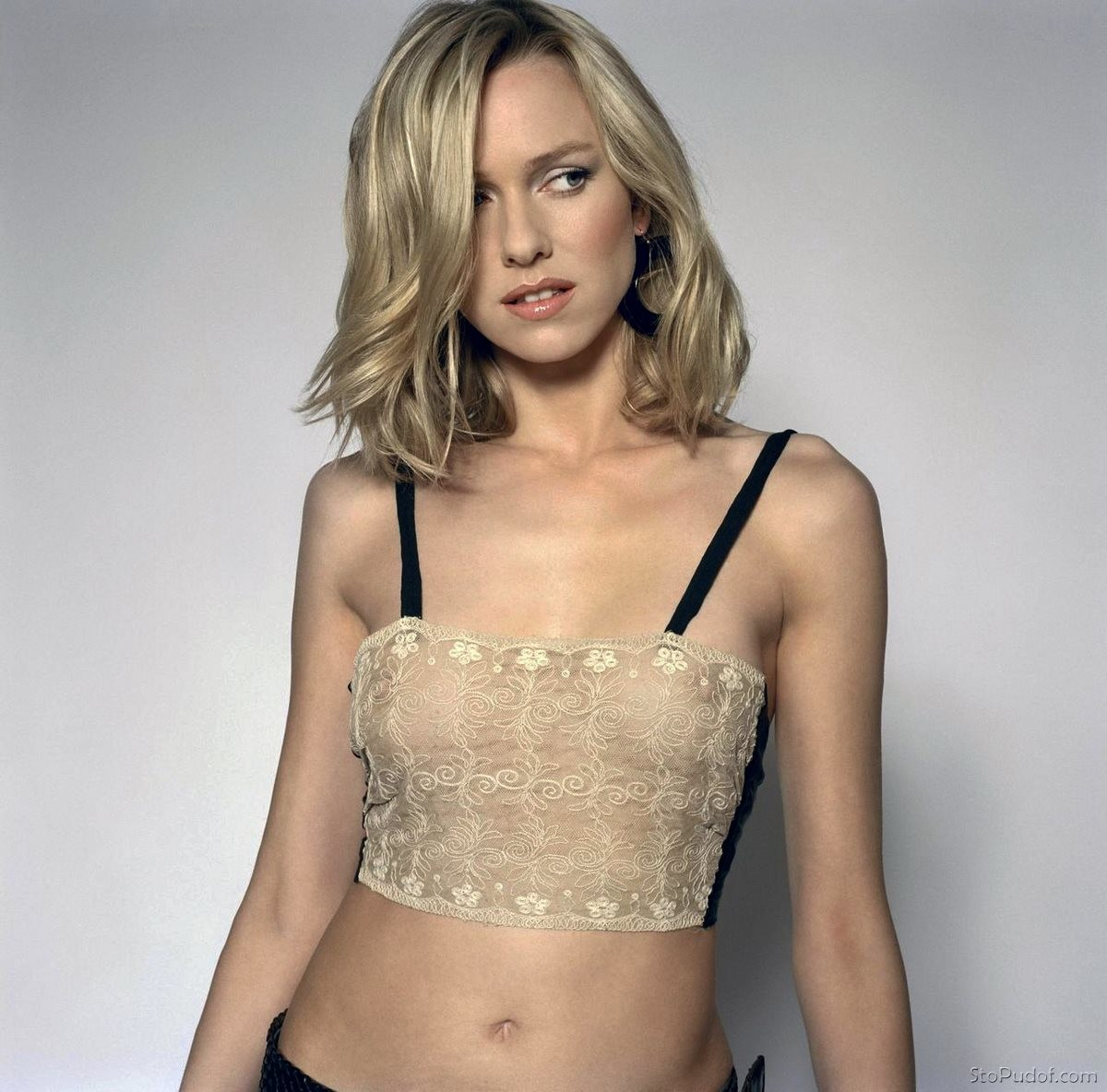 Naomi watts breasts