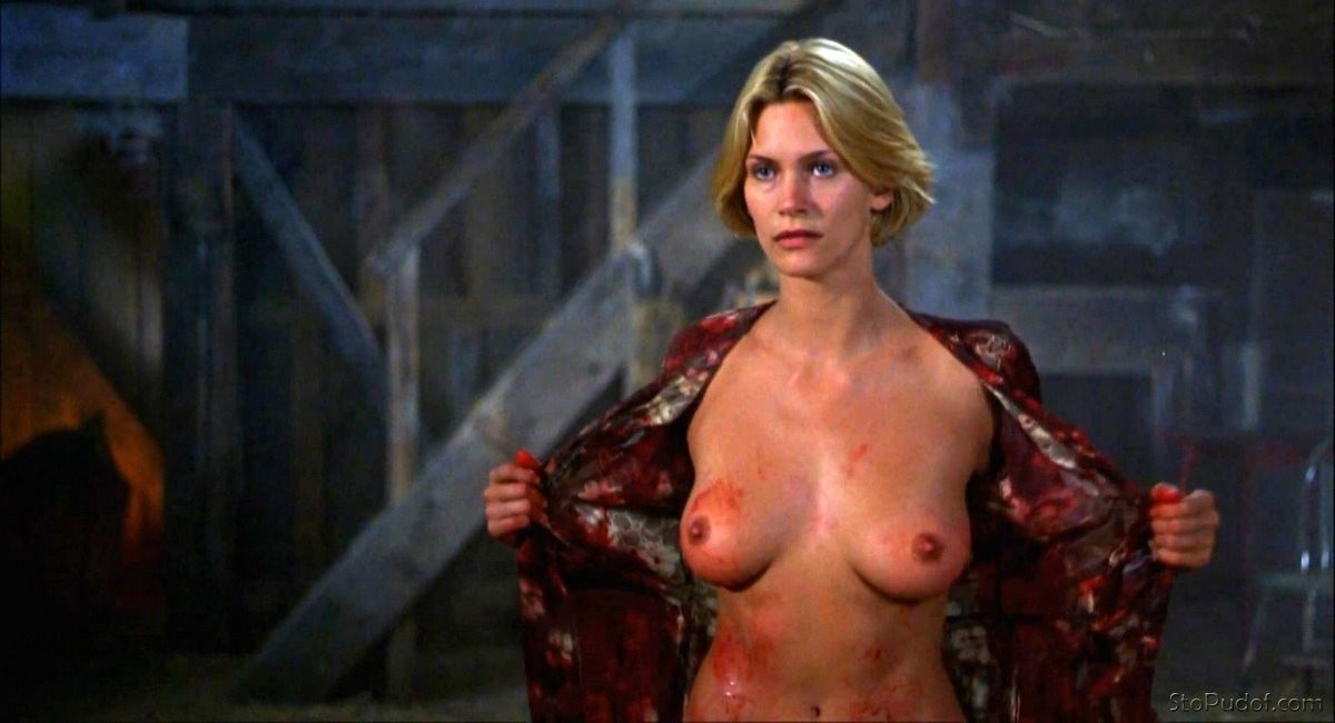 Natasha Henstridge nude photos.com - UkPhotoSafari