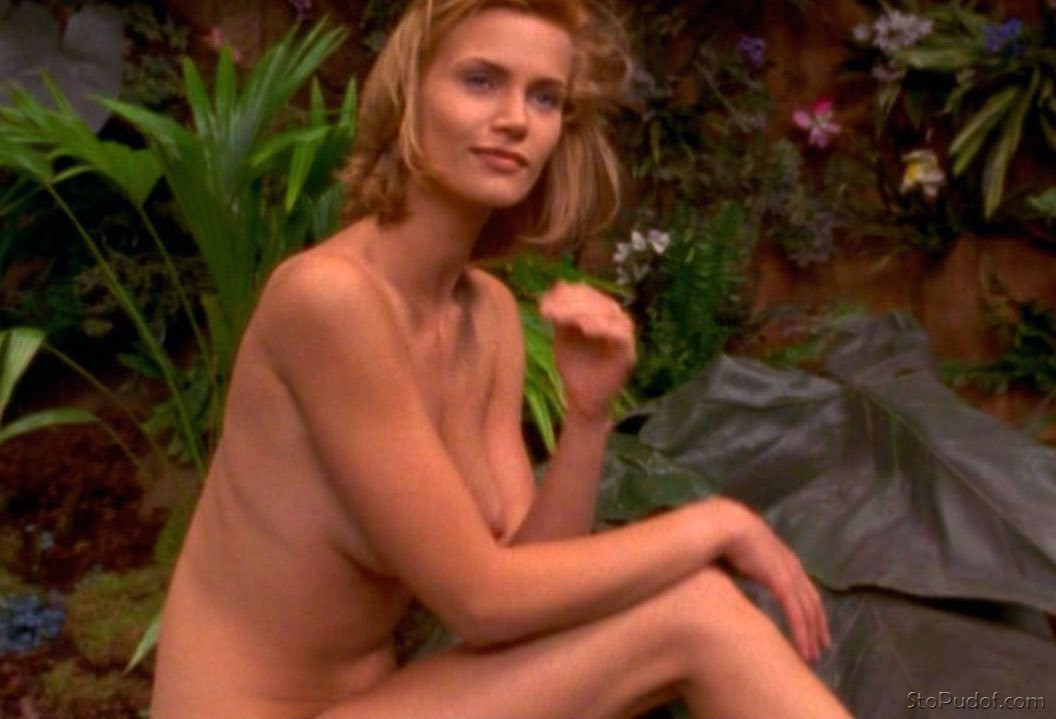 Natasha Henstridge nude pictures released - UkPhotoSafari