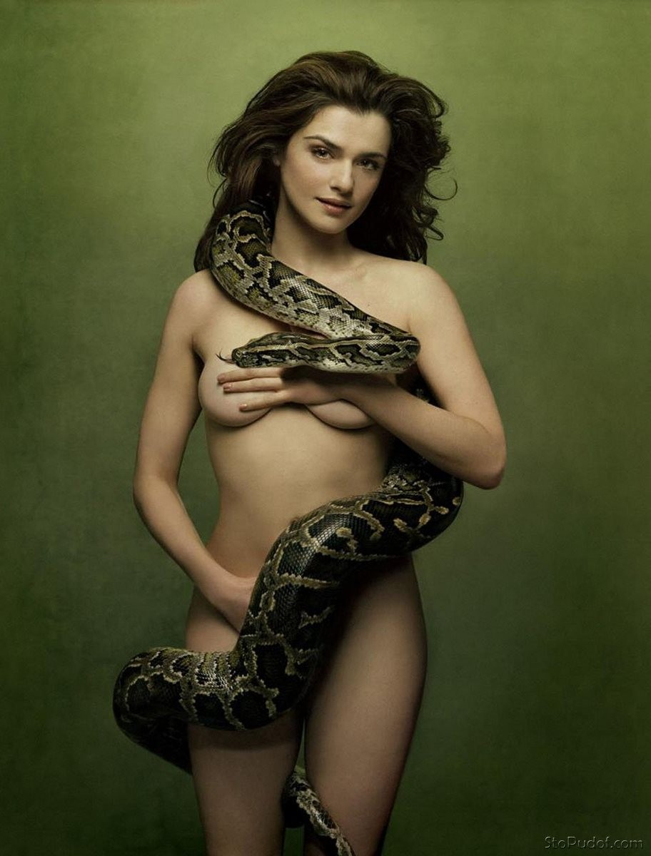 Rachel Weisz nude cellphone photos - UkPhotoSafari