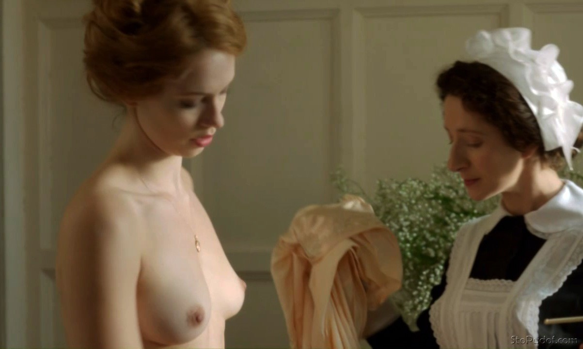 Rebecca Hall nude nipples - UkPhotoSafari