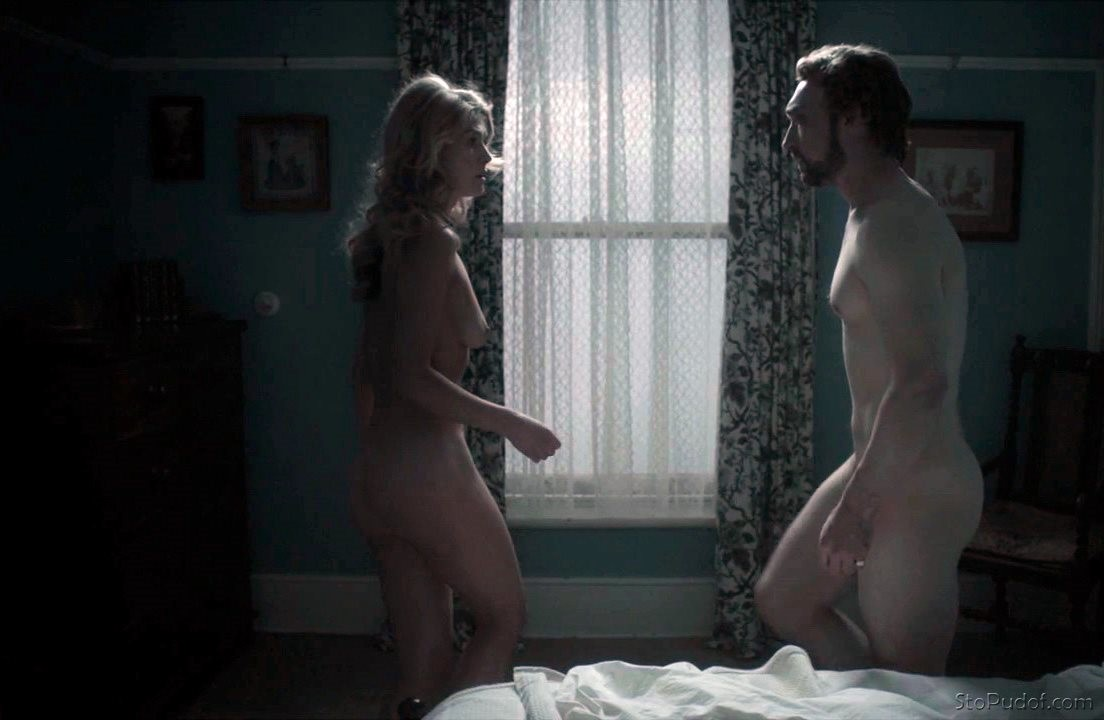 Rosamund Pike nude photos posted - UkPhotoSafari
