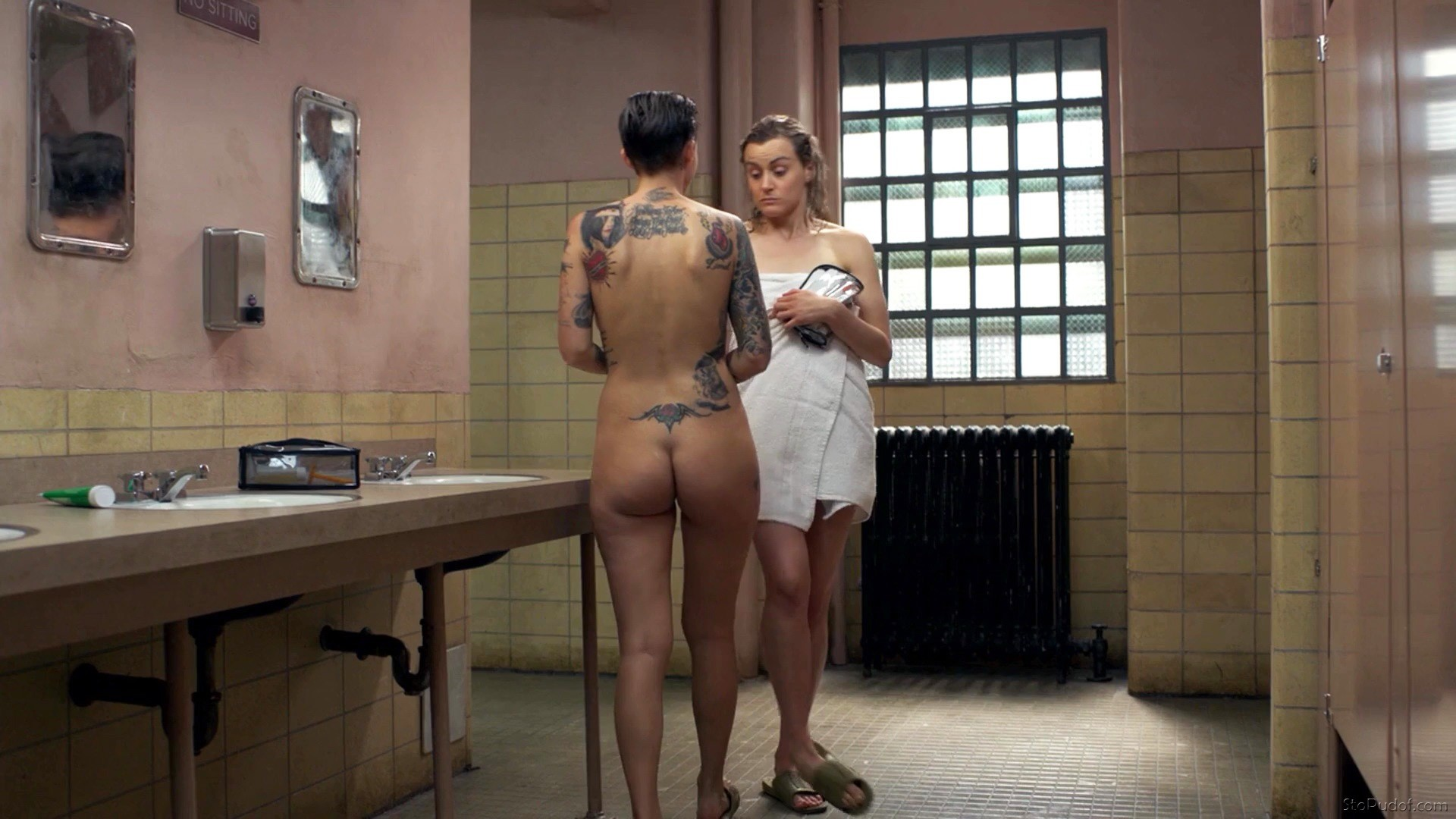 Ruby Rose naked - UkPhotoSafari