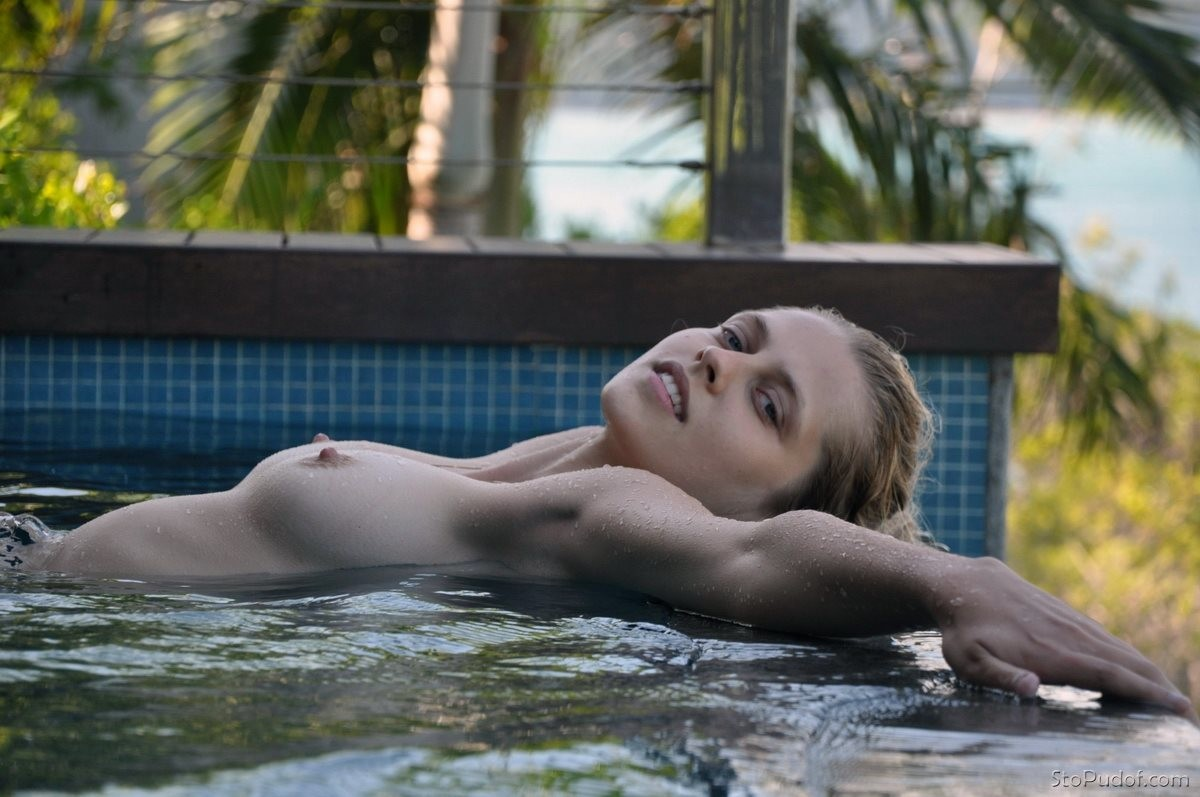 Teresa Palmer naked photo free - UkPhotoSafari