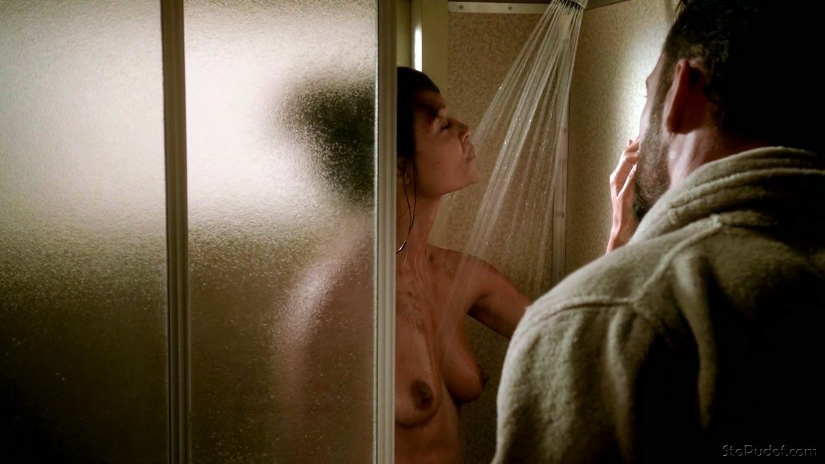 Thandie Newton stripping nude - UkPhotoSafari