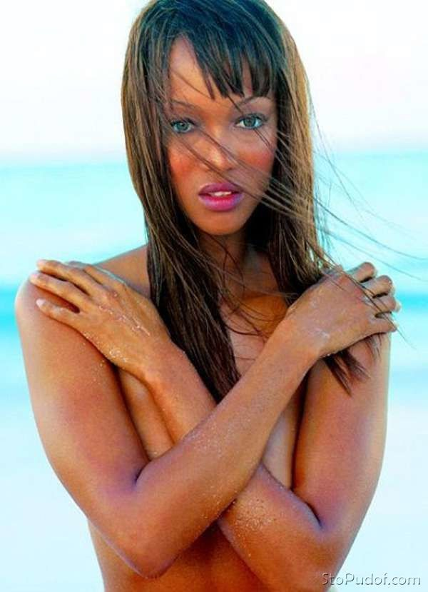 Tyra Banks nude horse video - UkPhotoSafari