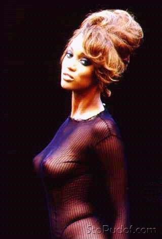 Tyra Banks nude photo leak photos - UkPhotoSafari